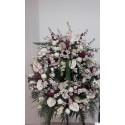 Corona blanca y rosa formal