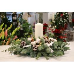 Centro navideño blanco y verde